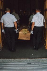 Filmowanie pogrzebu Warszawa