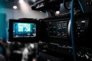 konferencja online transmisja konferencji konferencje streaming konferencje na żywo konferencja live konferencja na żywo ze studia